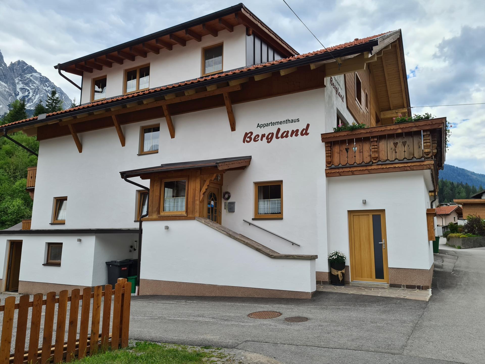 Pension Bergland (Zimmer) #Willkommen#Bildergalerie#Preise#Anfragen