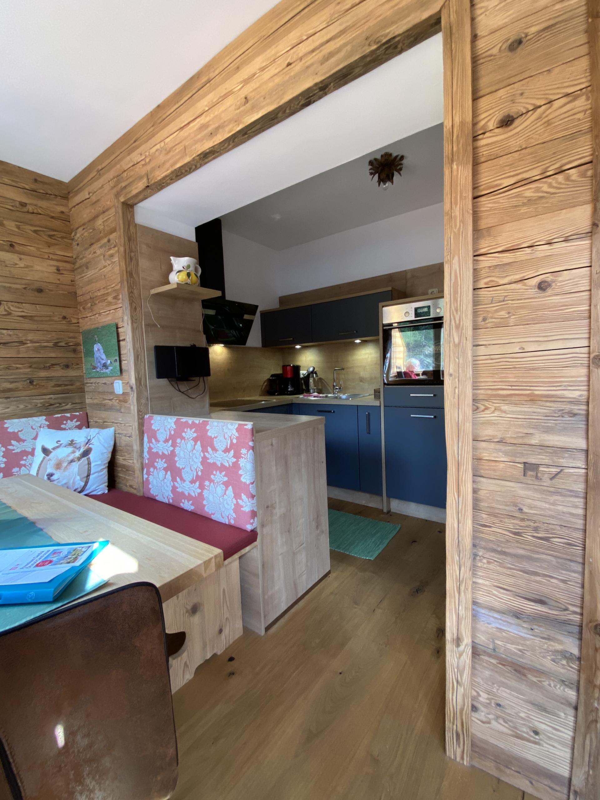 HAUS ERIKA apartments #Wohneinheiten#Bildergalerie#Sitemap#Sommer#Winter
